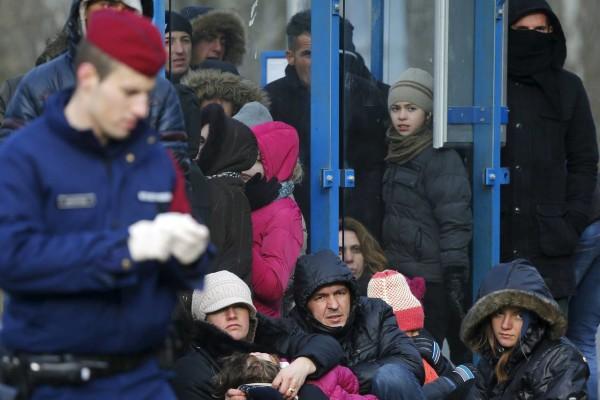 Hungria detém mais de 5,5 mil migrantes no fim de semana