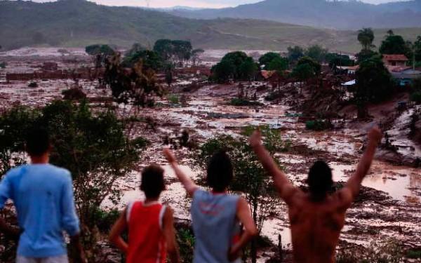 Qual crítica é importante no decreto de saque do FGTS – desastre de Mariana/MG?