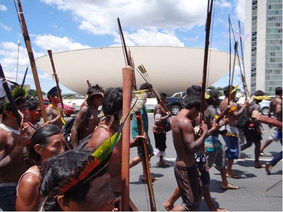 Dia do Índio: Survival lança campanha internacional contra o genocídio dos povos indígenas no Brasil