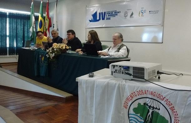 Barragens são a negação de direitos humanos, afirma Leandro Scalabrin