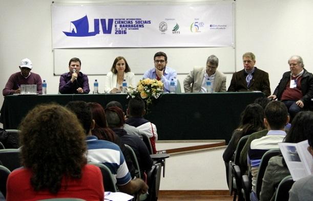MAB e Movimentos afetados por represas participam da abertura do IV Encontro Internacional de Ciências Sociais e Barragens