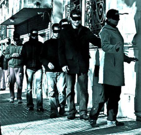 Cena do filme Ensaio Sobre a Cegueira, baseada no livro de José Saramago