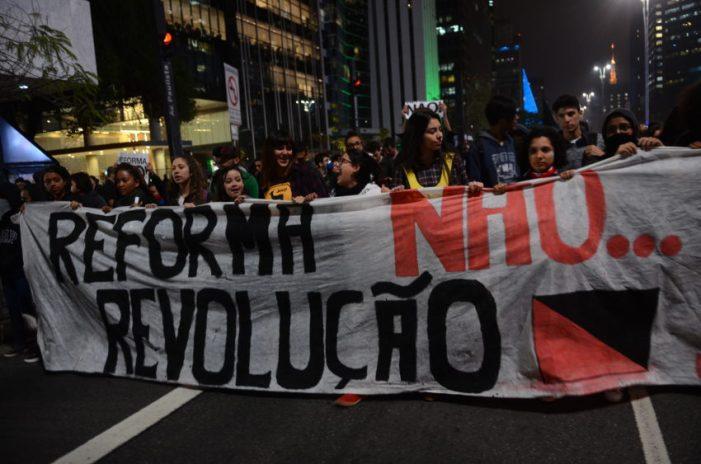 Conselho de Educação do Paraná posiciona-se contra MP do Ensino Médio