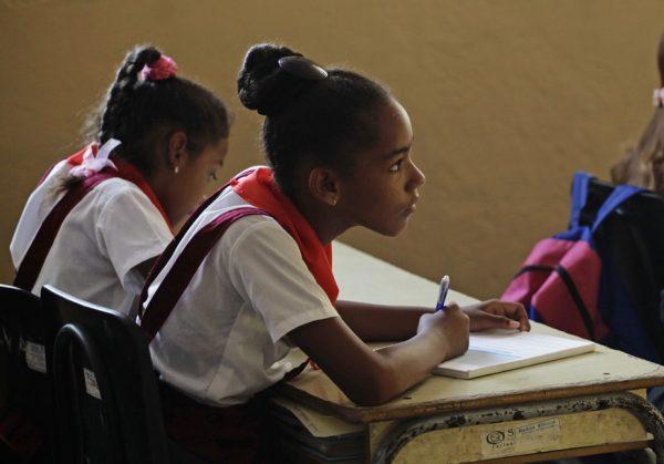 Por que a educação em Cuba é uma história de sucesso? E o que pode ensinar ao mundo?