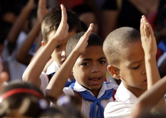 Cada setembro, o início do ano escolar é um dos eventos mais importantes em Cuba. Foto: Ismael Francisco / Cubadebate
