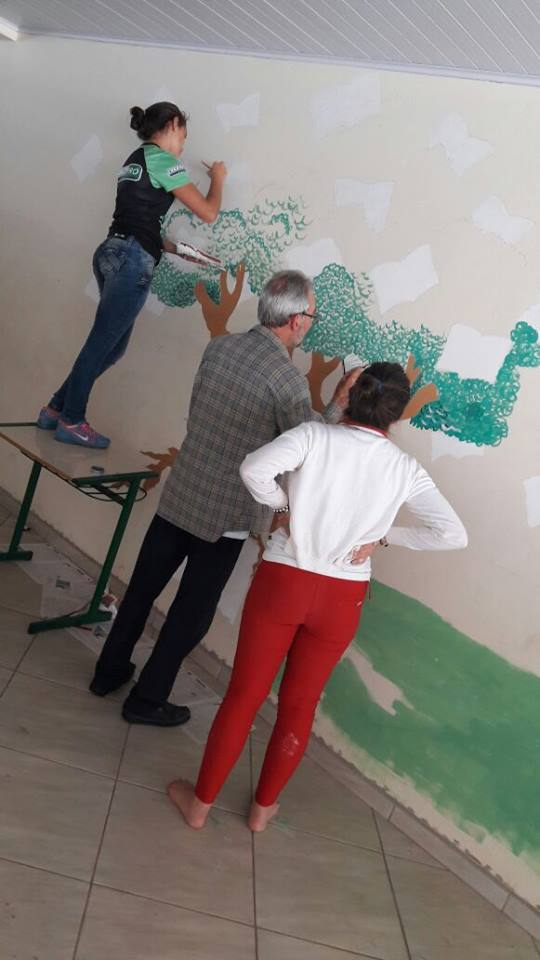 Arte popular no Colégio São Miguel, em São Miguel do Oeste-SC