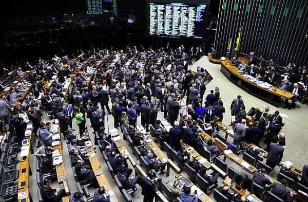 Relatório mostra as 40 ameaças legislativas aos direitos humanos