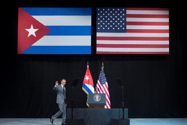 Obama acaba com regra migratória especial para cubanos