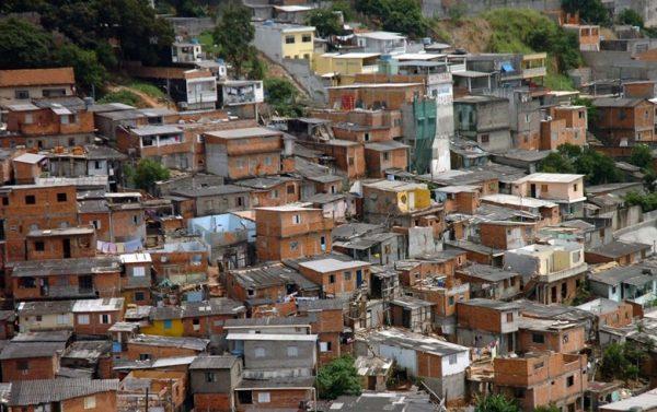 Valores liberais têm intensa presença nas periferias de SP, aponta pesquisa