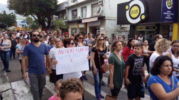 Jaraguá do Sul: Audiência no Ministério Público do Trabalho busca saída para impasse na greve dos servidores