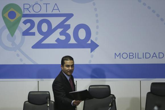 Brasil subordinada à OMC: Nova política automotiva deve abrir mercado à concorrência de importados