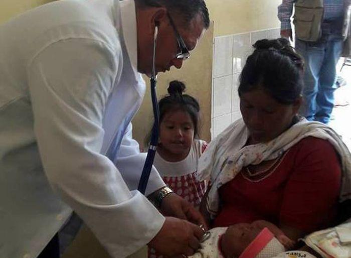 Brigada médica cubana atende mais de seis mil desabrigados no Peru