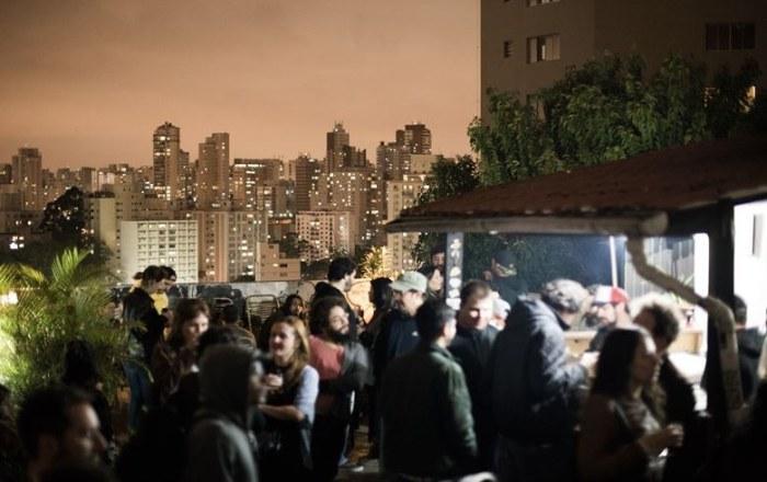 Jantar em homenagem a refugiados sírios e palestinos cai no gosto de brasileiros