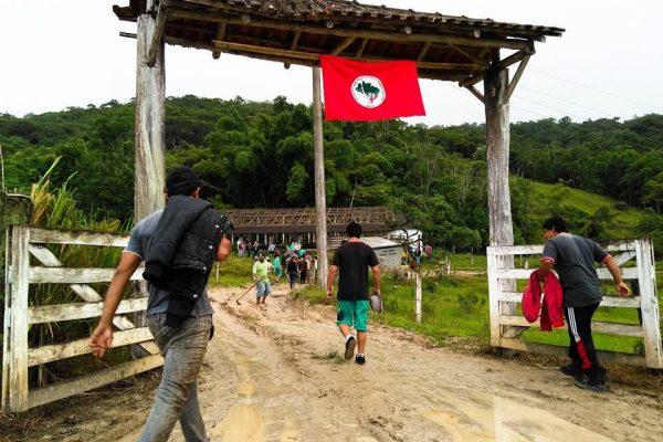 MST retoma ocupações em Santa Catarina