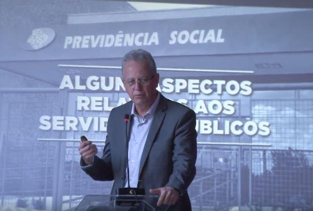 Seminário: A reforma da previdência e os ataques aos direitos sociais no Brasil (2017)