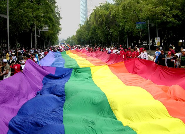 CCJ aprova casamento entre pessoas do mesmo sexo