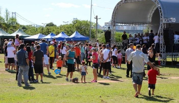 Membros do Banco Tempo realizam atividades no Parque de Coqueiros