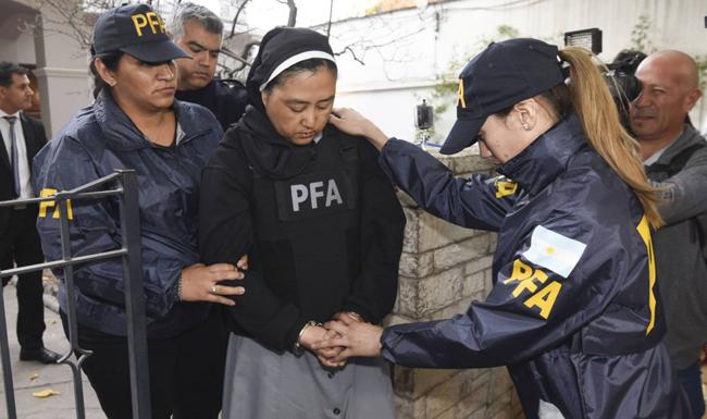 Freira acusada de ser cúmplice de pedófilos é presa na Argentina