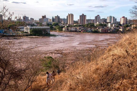 Além de destruir o Rio Doce, acidente de Mariana contaminou águas subterrâneas