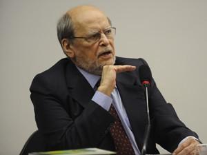 Escritório do ministro Sepúlveda Pertence deixa defesa de Joesley Batista