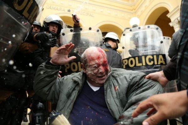 Em Curitiba, violência policial no ato contra o ajuste fiscal