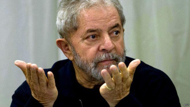 """Sem """"provas cabais"""", Lava-Jato condena Lula"""