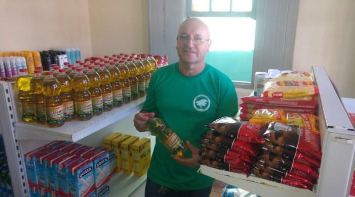 Projeto em Pouso Alegre permite trocar lixo reciclável por comida