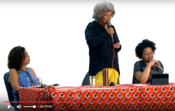 Curso de feminismo negro com Angela Davis