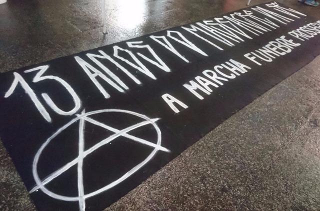 Ato recorda impunidade de massacre na Praça da Sé