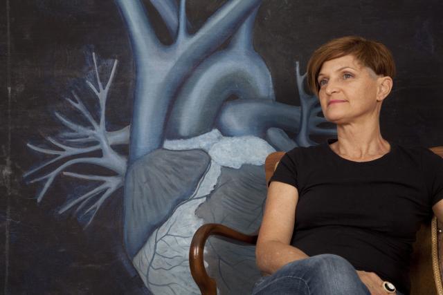 Silvana Macedo no ateliê Foto Silvana Macedo Div