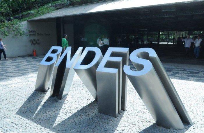 """AFBNDES avisa, devolução antecipada é """"pedalada"""""""
