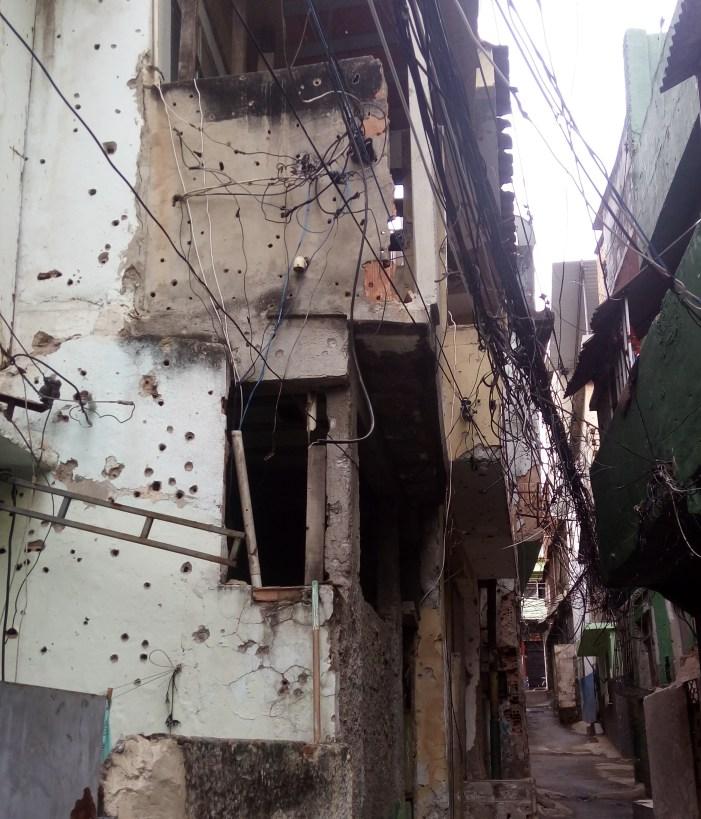"Estado forja ""zonas de guerra"" para justificar matança de pobres no Rio"