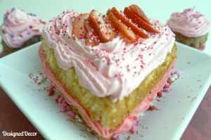 Valentine's Day Heart Cake 0257