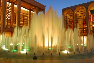 image of Water fountain at Lincoln Center in New York City