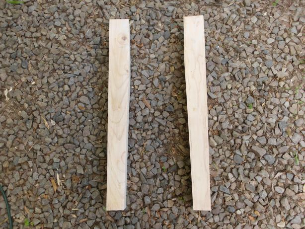 how to build table legs or posts from 2x4s SANY0609