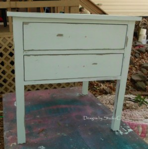 How to Make and Use Chalk Paint 6