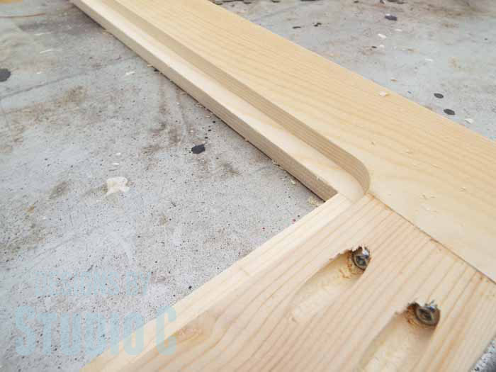 How to Use a Router to Cut a Rabbet in a Frame - Rounded Corners