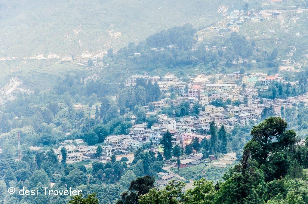 Munsyari Town trekking kumaon Himalayas