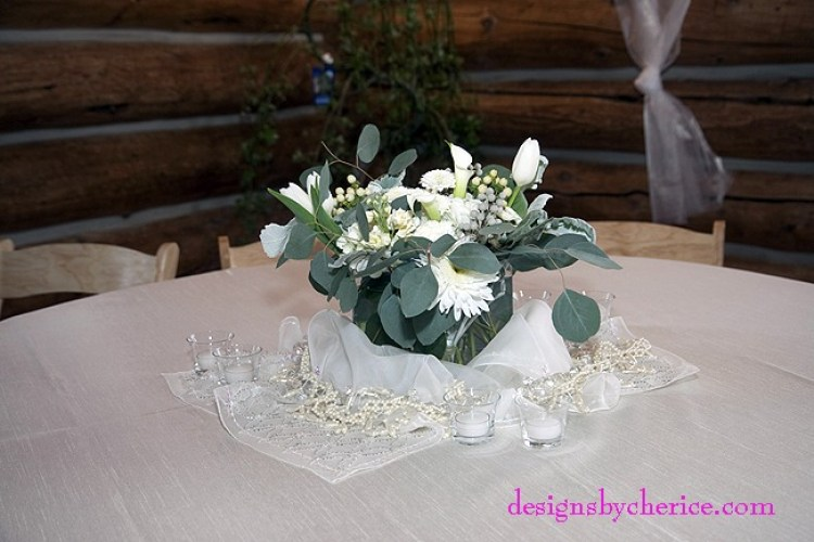GB_Wed_0729_wRustic chic Colorado Mountain wedding white centerpiece