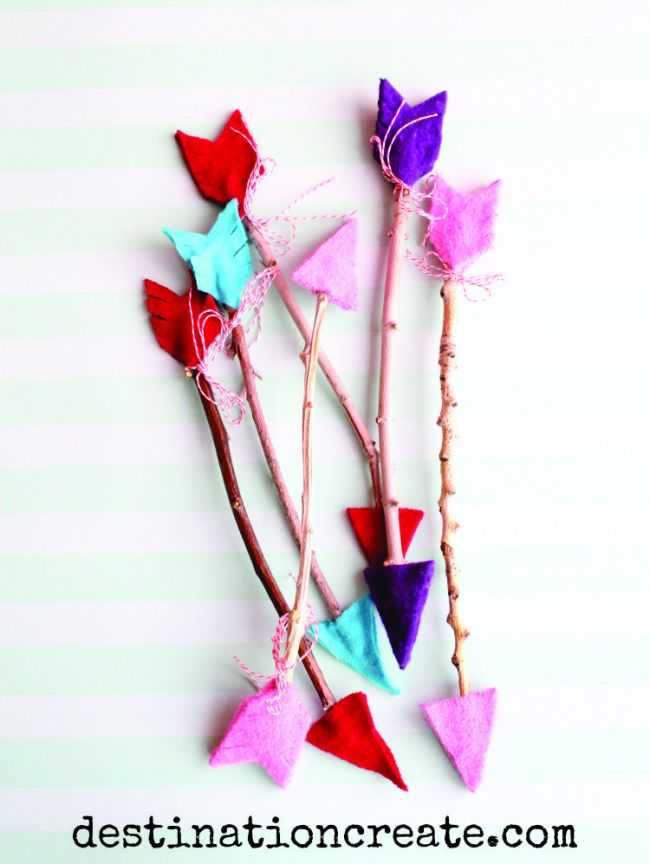 Valentine twig arrow