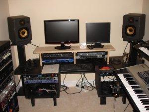 home-recording-studio-small-room