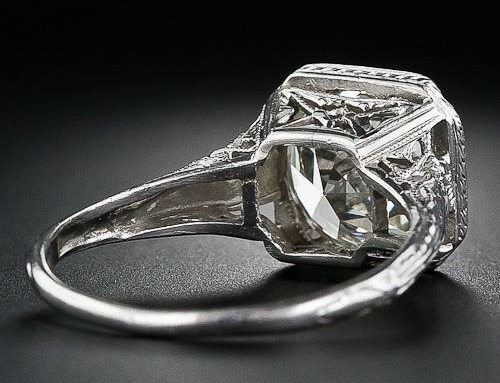 Back view of 3.26 carat antique diamond engagement ring. Late Edwardian or early Art Deco. Via Diamonds in the Library.