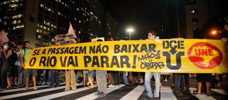 Protestos_no_Rio_em_2013