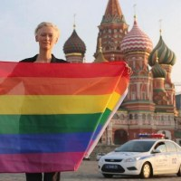 tilda-swinton-moscow-rainbow-flag-best