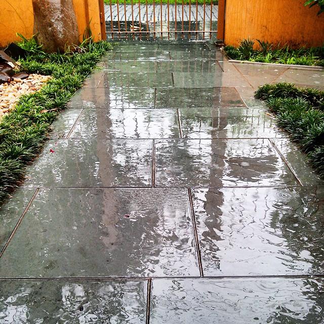 Corre chuva