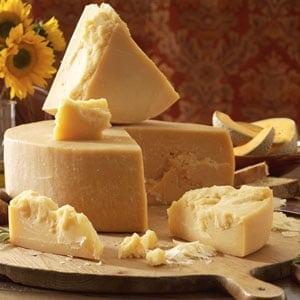 fotos de queso parmesano