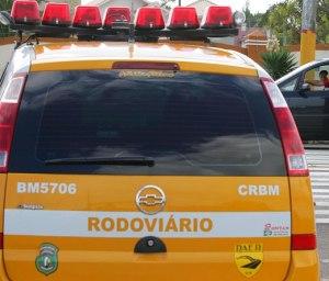 Xangri - lá - RS, 18/03/2008; Ações como controle de fluxo, fiscalização nas rodovias e controle de acesso nos entroncamentos onde freqüentemente ocorrem congestionamentos nas rodovias que seguem para o litoral são desenvolvidas pelo Comando Rodoviário da Brigada Militar (CRBM), através da Operação Golfinho durante todo o período do Verão Legal RS 2009.  Foto:  Itamar Aguiar / Palácio Piratini  Visite a agência do Estado www.estado.rs.gov.br  _________________________________________________ Alex Rocha - Infografista Secretaria Extraordinária de Comunicação Social - Fotografia Fone: (51)3210.4494 - Fax: (51)3228.5696