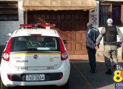 Homem é preso por furto em farmácia em Bento