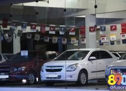 Vendas de automóveis novos caem 3,7% em abril, diz Anfavea