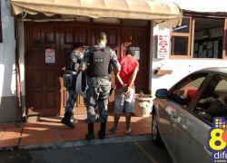 Adolescente apreendido e homem preso por tráfico em Bento